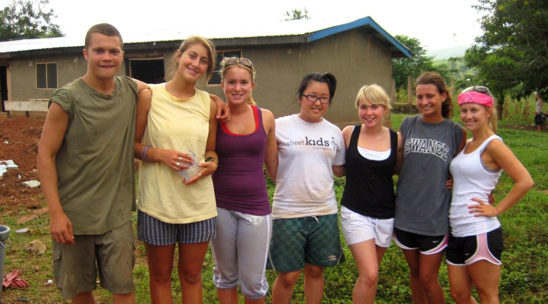 Projects Abroad high school volunteers have a good time in Ghana during their medical internship for teenagers.